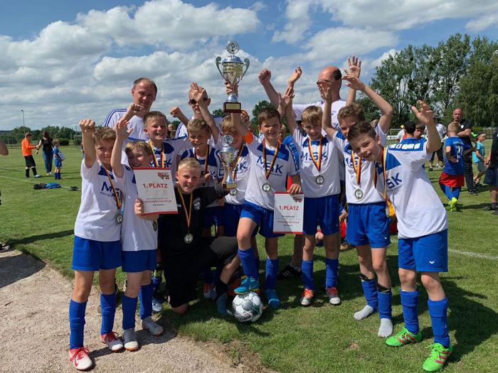 E-Junioren: 1. Teterower Hechtcup 2019 Wanderpokal der Ostseesparkasse Rostock