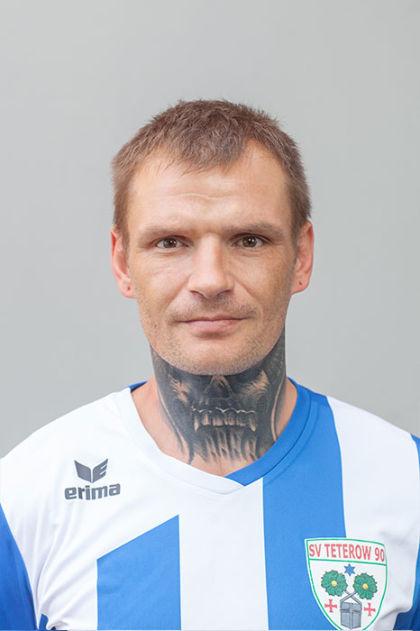 Niedballa, Lars