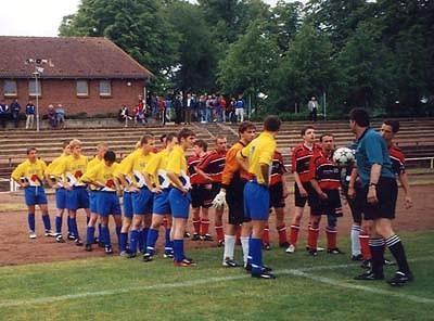 Vor dem Spiel SV Teterow 90 - SV Warnemünde (1:1)